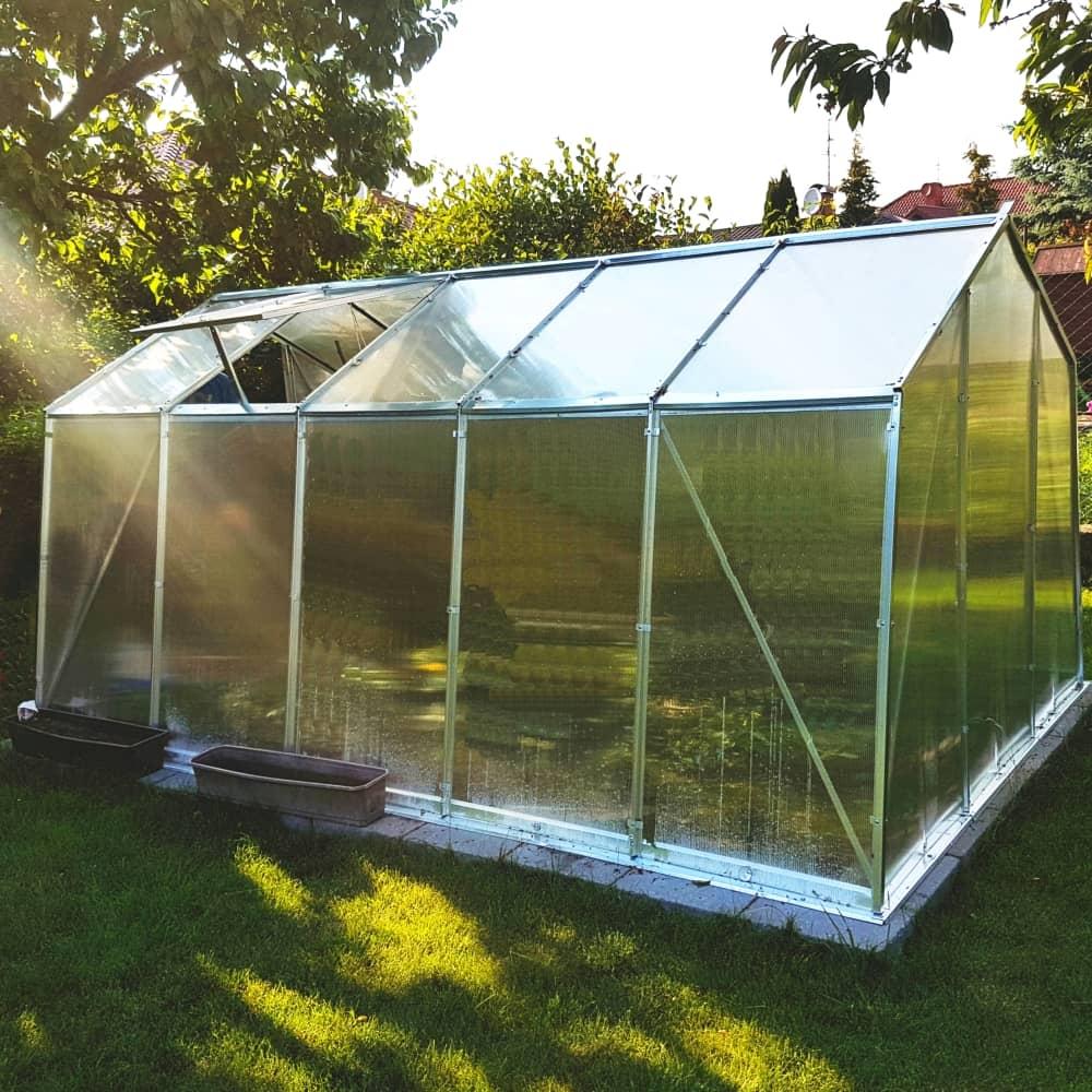 Päťdielny záhradný skleník 3,1 x 1,9 x 1,95 m PATIO