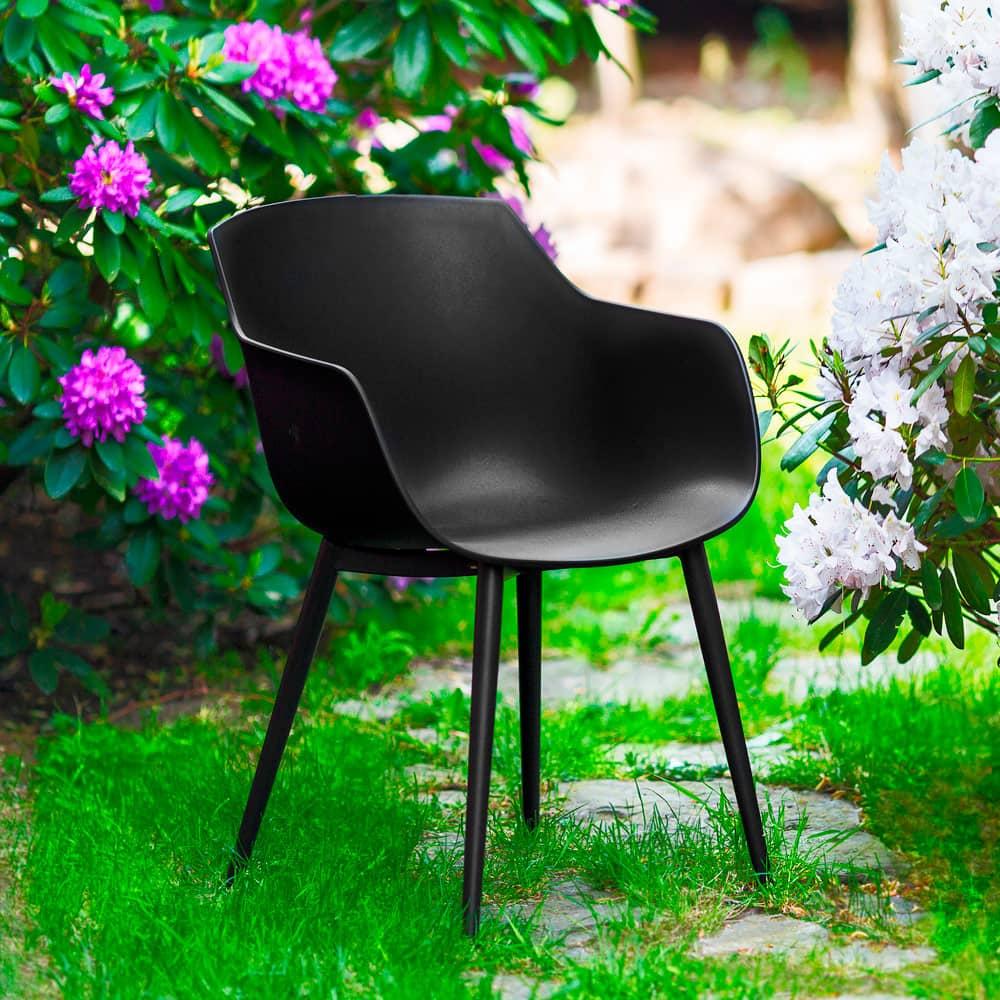 Krzesło kubełkowe z podłokietnikami Kaia czarne PATIO