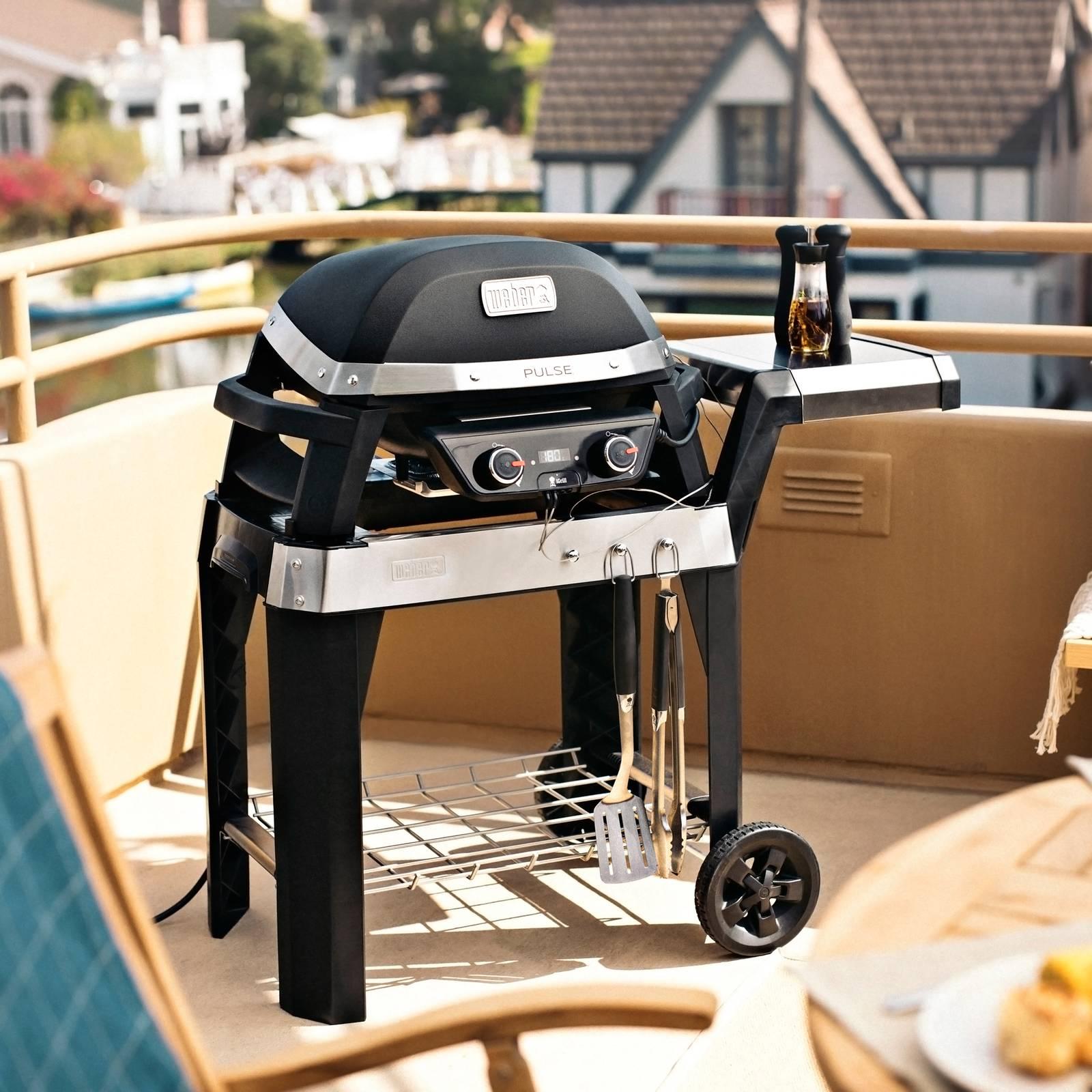 Grill elektryczny z wózkiem Pulse 2000 czarny WEBER