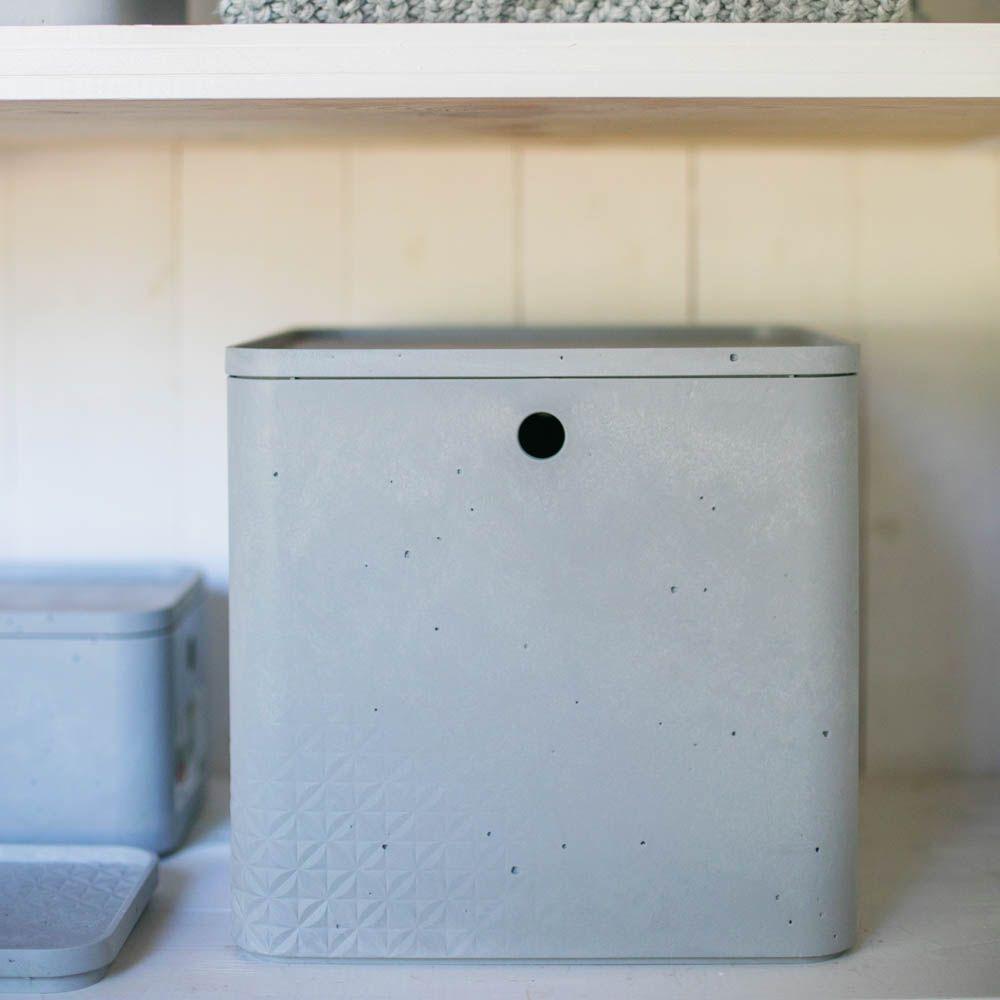 Caja cuadrada con tapa 18 l Beton gris claro CURVER