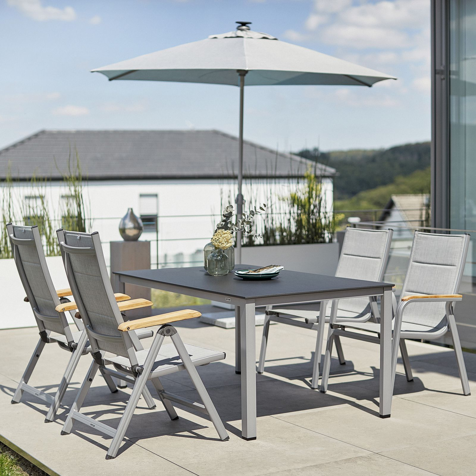 Záhradný stôl Cubic Silver / Antracit 160 x 95 cm KETTLER
